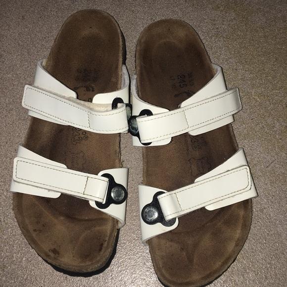 b0a2e2cfd6fe7e Birkenstock Shoes - White Birki s Birkenstock Sandals